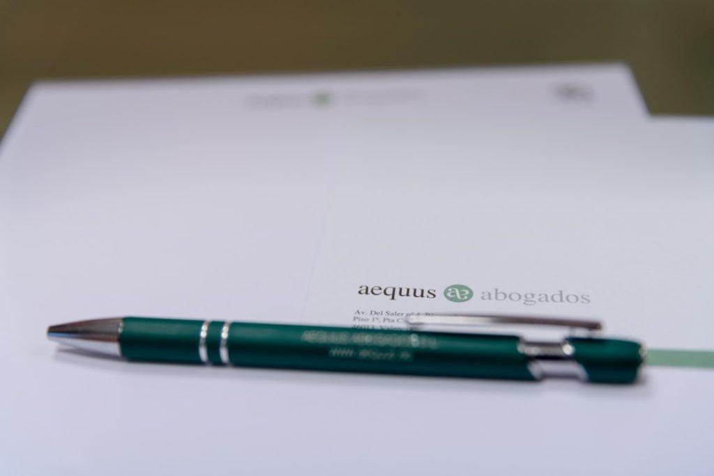 Para Retoque PS AEQUUS-8426 v1 (Medium)